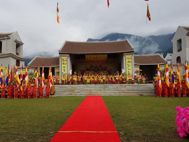 Lễ hội khai xuân Yên Tử năm nay diễn ra tại Trung tâm văn hóa Trúc Lâm