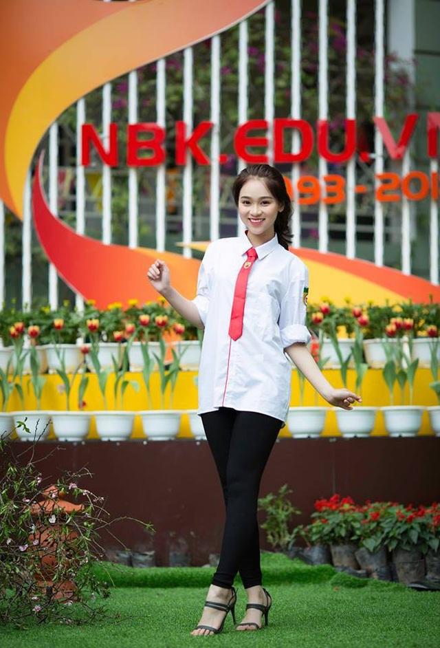 Nguyễn Ngọc Anh - Lớp 11D6