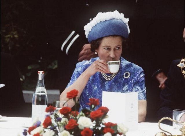 Khám phá chế độ ăn một ngày bình thường của nữ hoàng Anh - 1