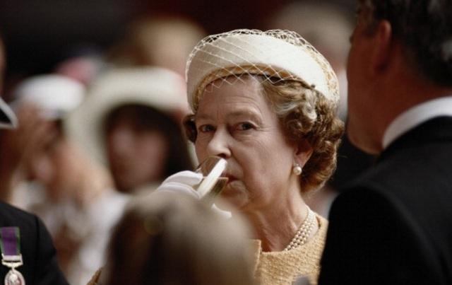 Khám phá chế độ ăn một ngày bình thường của nữ hoàng Anh - 7