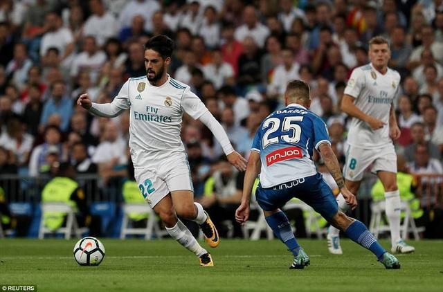 Isco tỏa sáng với cú đúp vào lưới Espanyol ở lượt đi