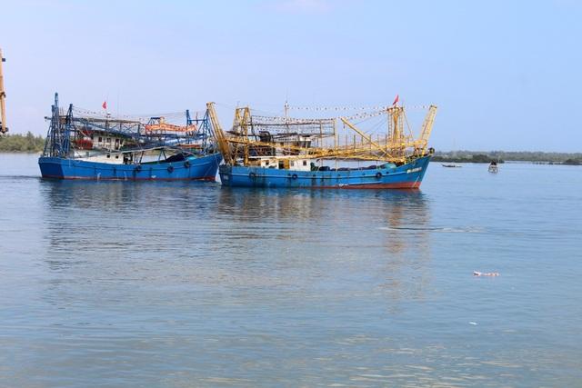 Tàu vỏ thép của ngư dân huyện Núi Thành sẵn sàng vươn khơi, bảm biển