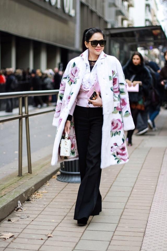 """Doanh nhân Lê Hồng Thủy Tiên tham dự Tuần lễ thời trang Milan với cương vị """"business buyer"""", một trong 500 người có ảnh hưởng về thời trang thế giới do tạp chí BOF bình chọn."""