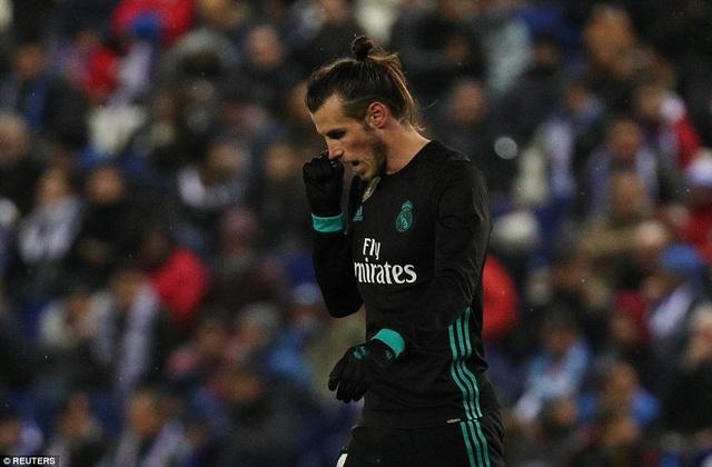Bale vô duyên, trong ngày C.Ronaldo không ra sân