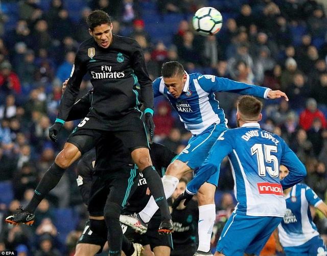 Real Madrid mắc khá nhiều sai lầm trong phòng ngự ở trận đấu này