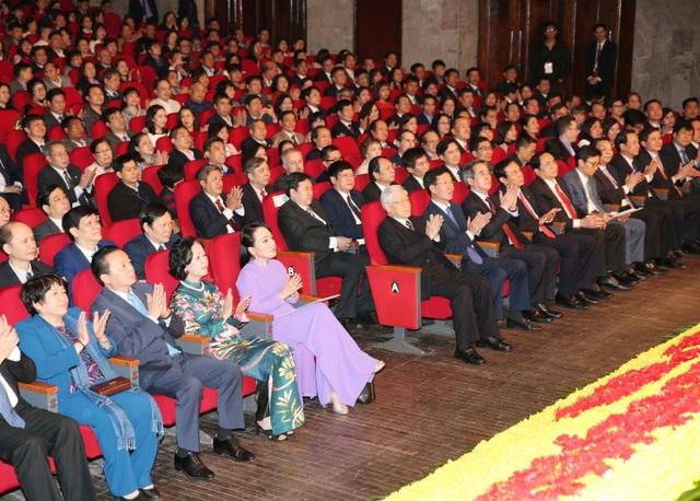 Tổng Bí thư Nguyễn Phú Trọng và các đại biểu dự Lễ kỷ niệm. Ảnh:Trí Dũng – TTXVN.