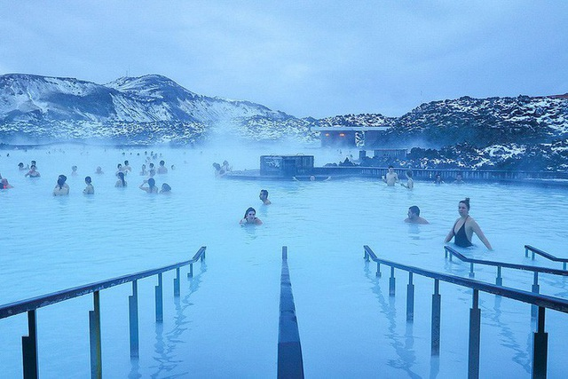 Những con suối nước nóng thu hút hàng triệu du khách - 4