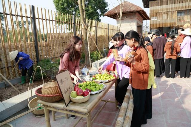 Chợ làng