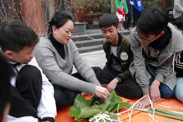 Học sinh trường Lương Thế Vinh mang ước nguyện của thầy Văn Như Cương lên miền núi - 3