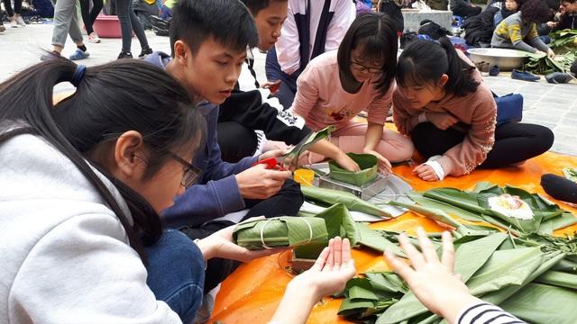 Học sinh trường Lương Thế Vinh mang ước nguyện của thầy Văn Như Cương lên miền núi - 1