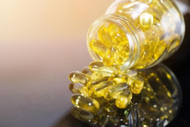 Tiêu thụ dầu cá hoặc dầu hướng dương trong thời gian dài có thể làm tăng nguy cơ bệnh gan nhiễm mỡ sau này.