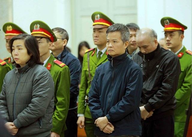 Các bị cáo trong buổi tuyên án sáng nay (5/2) (ảnh TTXVN)