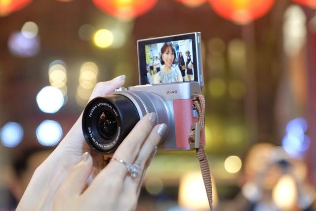 Fujifilm giới thiệu máy ảnh Mirrorless thời trang giá rẻ, nhỏ gọn - 4