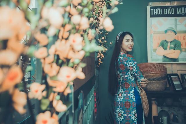 """Rộ trào lưu chụp ảnh Tết với """"áo dài cô Ba"""" - 7"""