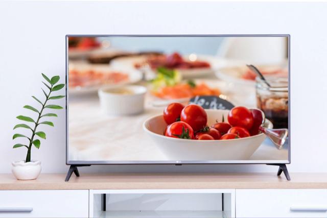 Dòng TV 4K tầm 20 triệu hút khách cuối năm - 2