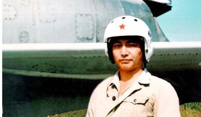 Phi công Wang Wei. Ảnh: Tân Hoa Xã