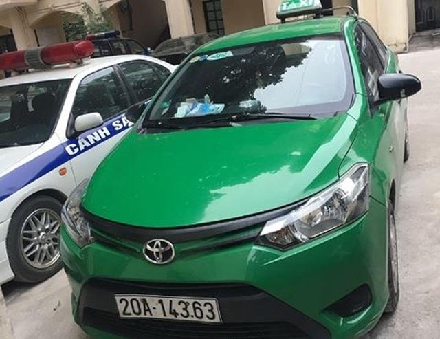 Chiếc xe taxi do Đoàn điều khiển. (Ảnh: Cơ quan công an cung cấp).
