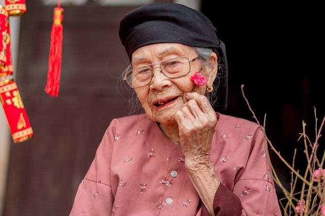 Ấm áp bộ ảnh Tết của cụ bà 100 tuổi ở Thái Nguyên - 12