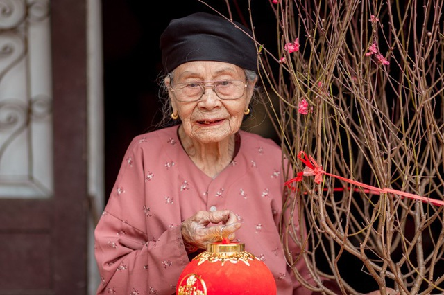 Ấm áp bộ ảnh Tết của cụ bà 100 tuổi ở Thái Nguyên - 5