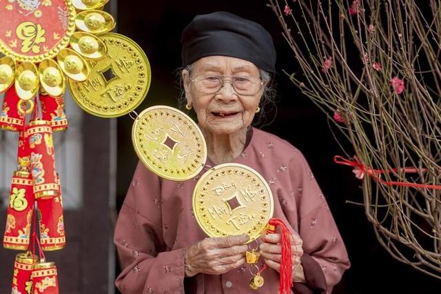 Ấm áp bộ ảnh Tết của cụ bà 100 tuổi ở Thái Nguyên - 7