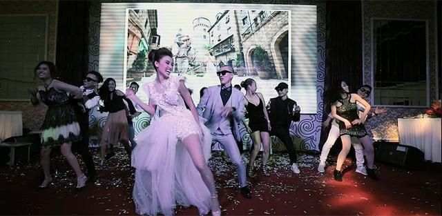 Trong đám cưới diễn ra ngày 11/6/2017 vừa qua, Minh Sơn và Thùy Vân đã cùng nhau trình diễn những bước nhảy điêu luyện cùng những người bạn của mình.