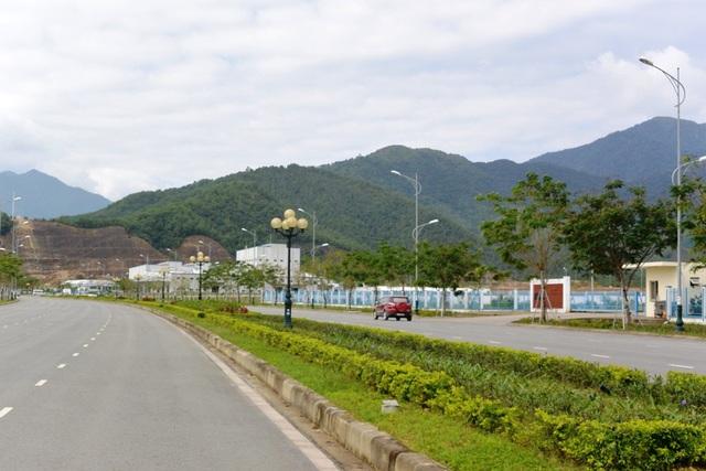 Hiện nay Khu Công nghệ cao Đà Nẵng đã có hơn 300 ha đất sạch với đầy đủ cơ sở hạ tầng để phục vụ các nhà đầu tư