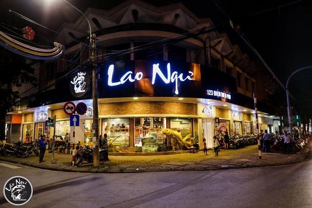 Nhà Hàng Lao Ngư - Ngư Trường không chỉ được ngưỡng vọng là một trong những nhà hàng có thiết kế độc đáo nhất Việt Nam mà còn rất nổi tiếng với phong cách ẩm thực đẳng cấp.