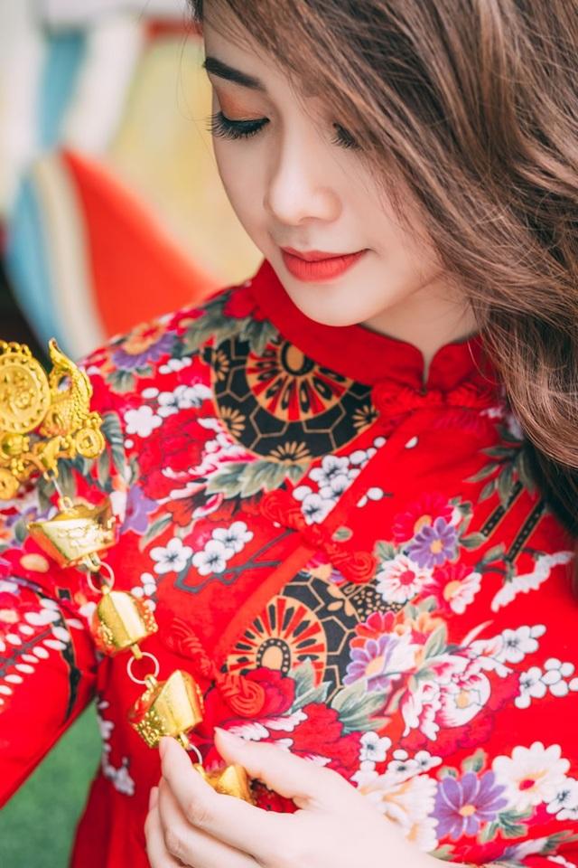 Thiếu nữ sở hữu khuôn mặt xinh đẹp tựa ca sĩ Minh Hằng - 11