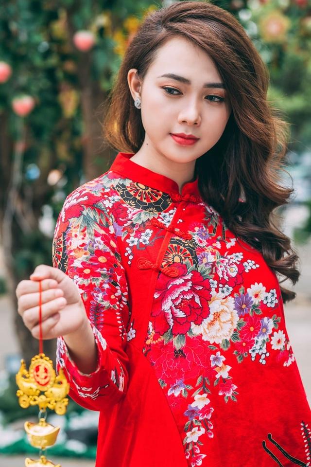 Thiếu nữ sở hữu khuôn mặt xinh đẹp tựa ca sĩ Minh Hằng - 13