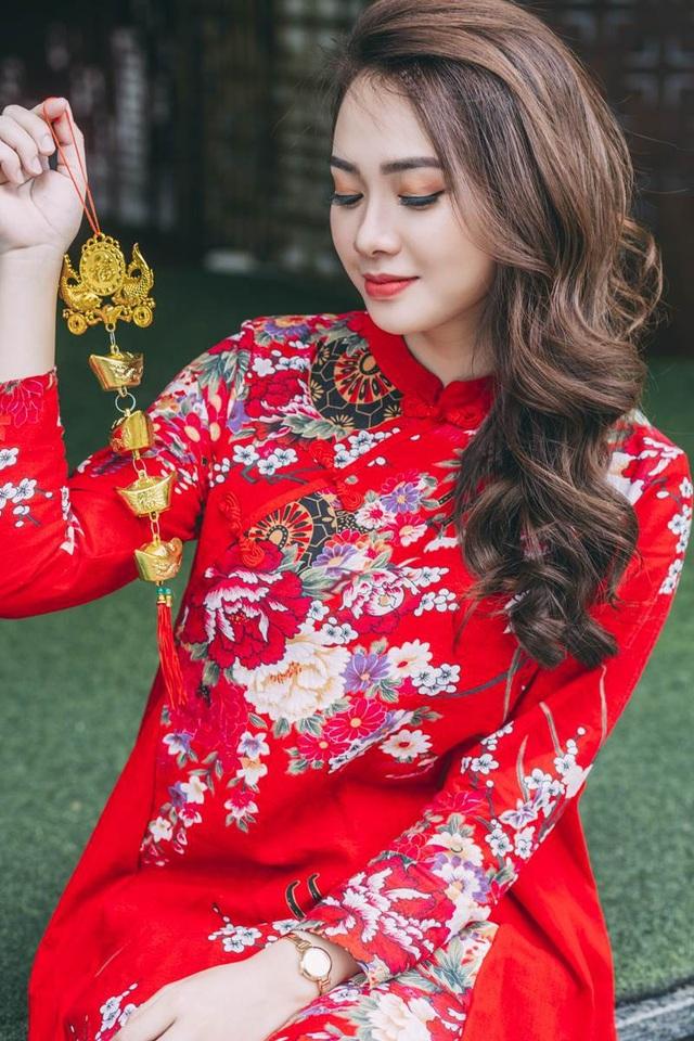 Thiếu nữ sở hữu khuôn mặt xinh đẹp tựa ca sĩ Minh Hằng - 3