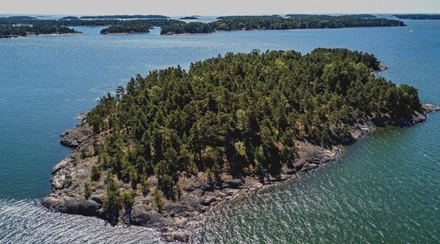 Đảo SuperShe nhìn từ trên cao, nơi đàn ông bị cấm tiệt