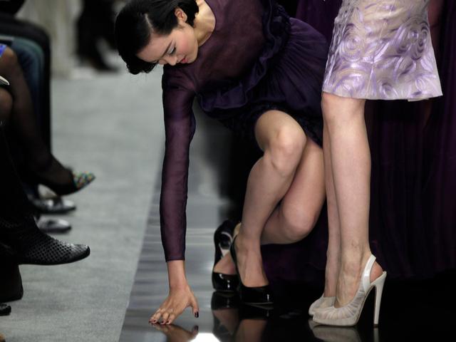 Người mẫu tại show trình diễn ở Thượng Hải 2012.
