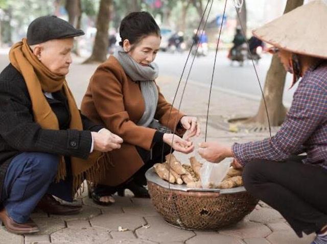 """Ngắm bộ ảnh kỷ niệm 50 năm ngày cưới của """"đôi uyên ương"""" U80 ở Thanh Hóa - 11"""