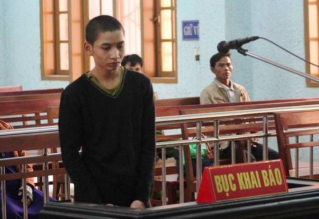 Bị cáo Kpă Lấu trước phiên toà