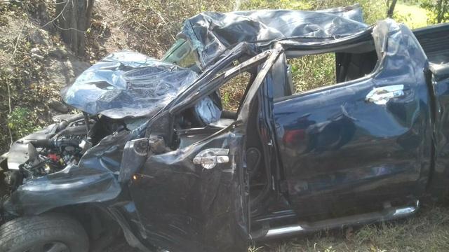 Chiếc xe bị tông biến dạng khiến 5 người thương vong (ảnh CTV)