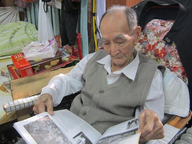 Chân dung họa sĩ Phan Kế Anh dưới góc máy của nhà nghiên cứu mỹ thuật Quang Việt. Ảnh: Quang Việt.