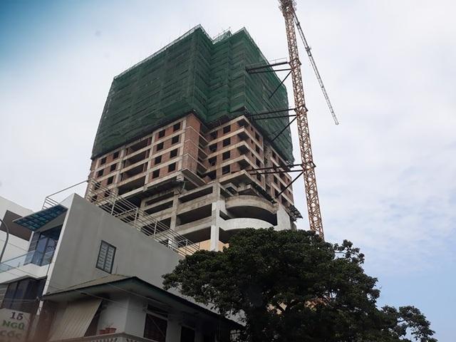 Trung tâm thương mại Bờ Hồ xây quá số tầng quy định