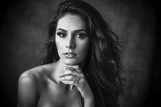 Người đẹp Izabele Coimbra đại diện đến từ Brazil.