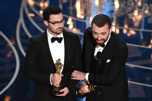 Sam Smith tưởng rằng mình là nghệ sĩ nam công khai đồng tính đầu tiên thắng giải Oscar