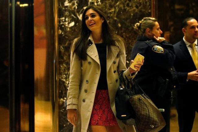 Sau khi tốt nghiệp, cô làm việc cho Tập đoàn Trump với vai trò trợ lý cho ông Trump và con gái Ivanka Trump.