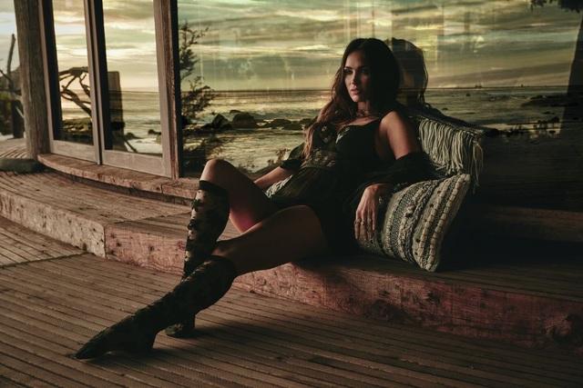 Megan Fox là người mẫu kiêm giám đốc sáng tạo của nhãn hiệu này từ năm 2016