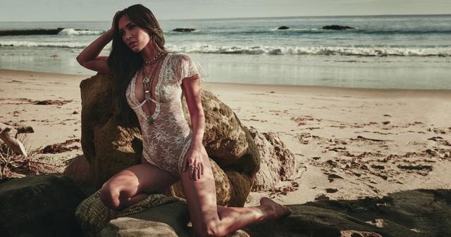 Megan Fox cũng khẳng định, sự tự tin là điều cần thiết và khi bạn có sự tự tin, đó là khi bạn đẹp nhất
