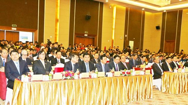 Các đại biểu dự Hội nghị gặp mặt các nhà đầu tư lần thứ 10 - Xuân Mậu Tuất năm 2018.