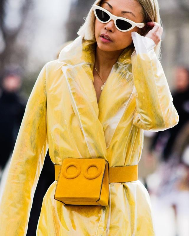 Túi xách kết hợp thắt lưng đang là hot trend