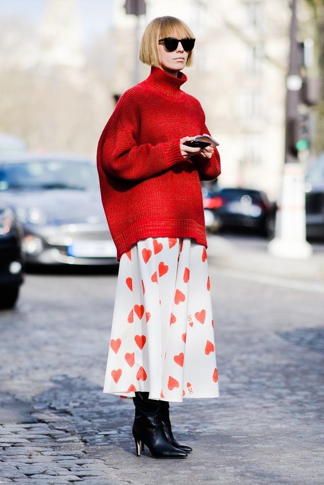 Áo len rộng và váy dài