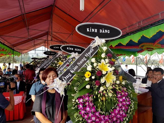 41 người Hàn Quốc cúi đầu xin lỗi vì vụ thảm sát Hà My 50 năm trước - 1