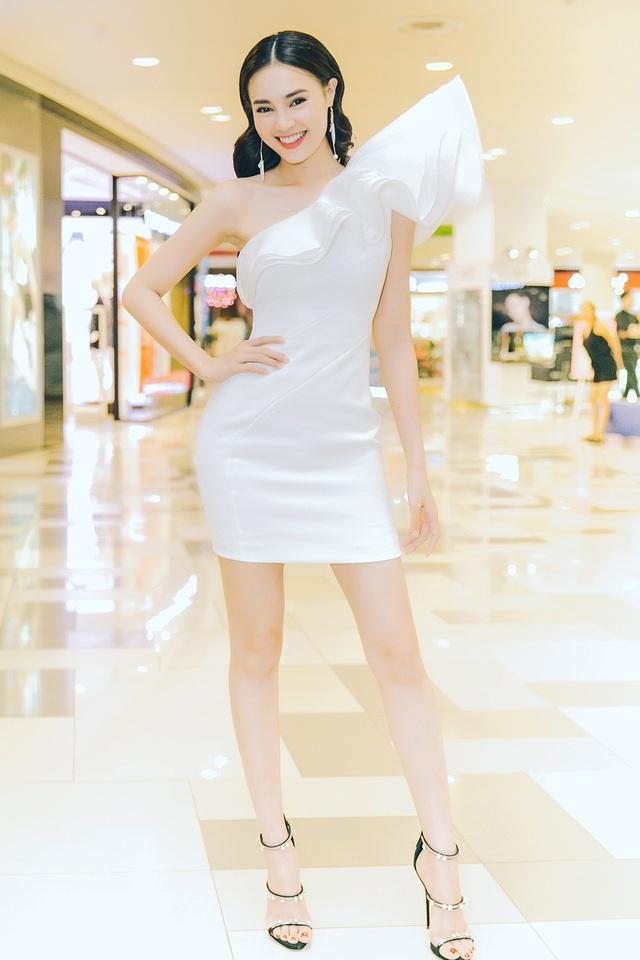 Riêng diễn viên Ninh Dương Lan Ngọc, cô đã trở thành cái tên không còn xa lạ với khán giả Việt nhiều năm nay.