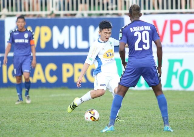 Xuân Trường cũng đã tái hợp với Tuấn Anh, với V-League
