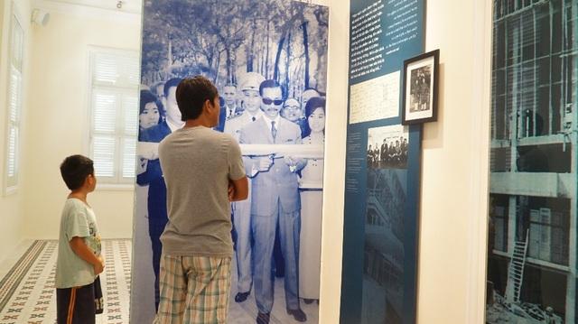 Tổng thống Nguyễn Văn Thiệu là chủ tọa lễ khánh thành vì ông Diệm đã bị ám sát trong thời điểm dinh đang xây dựng lại. Ông Thiệu sống ở nơi này từ tháng 10/1967 đến tháng 4/1975.