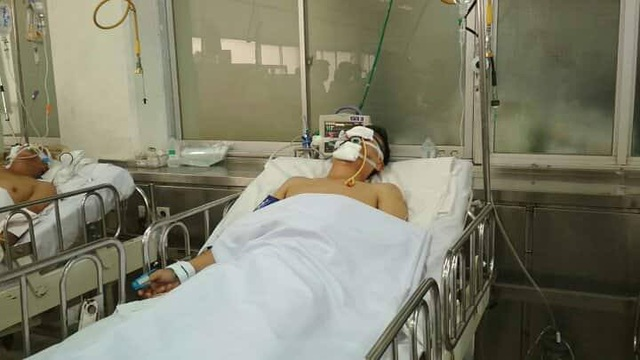 Chiến sĩ CSGT đang được điều trị tại Bệnh viện Chợ Rẫy